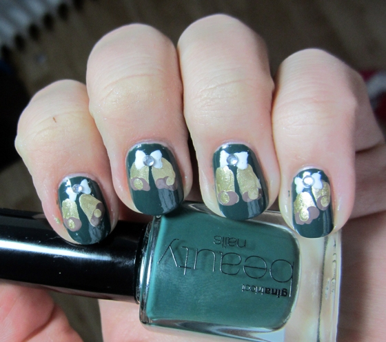 GinaTricot_ForestNight_and_BarryM_GoldFoil_and_Essie_Don'tSweaterIt
