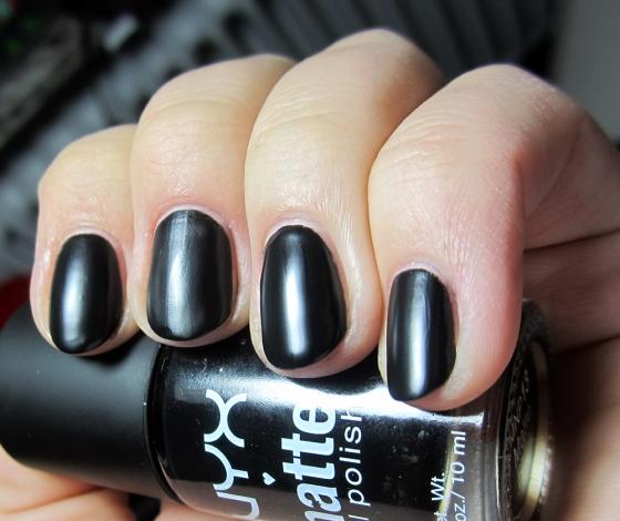 NYX_Black2