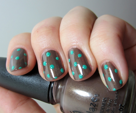 ChinaGlaze_Ingrid_and_FourLeafClover2