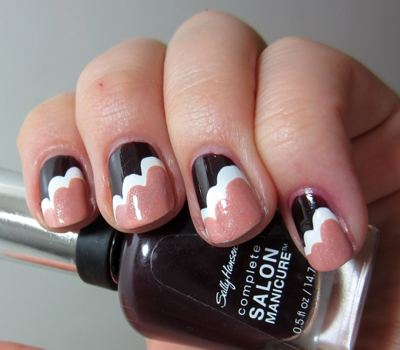 SallyHansen_APatOnTheBlack_and_ChinaGlaze_Snow_and_GinaTricot_Harmony