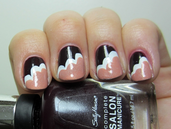 SallyHansen_APatOnTheBlack_and_ChinaGlaze_Snow_and_GinaTricot_Harmony2
