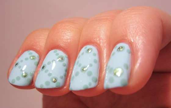 GinaTricot_CandyMint_and_Orly_AncientJade_and_GinaTricot_BlueBug2