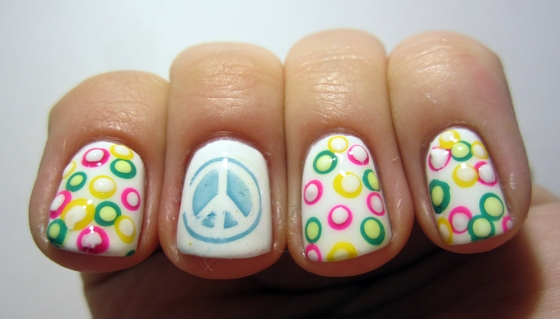 OPI_AlpineSnow_and_GinaTricot_AspenGold_NordicCap_15_and_ChinaGlaze_FourLeafClover