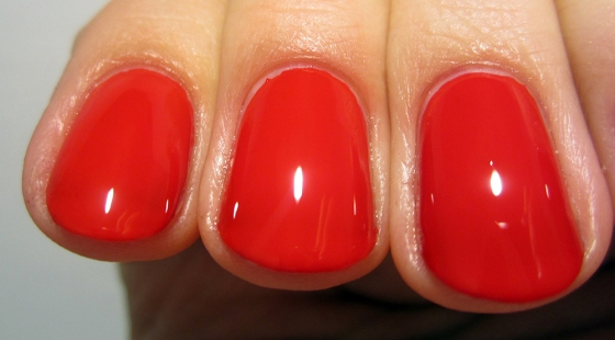 ButterLondon_PillarBoxRed2