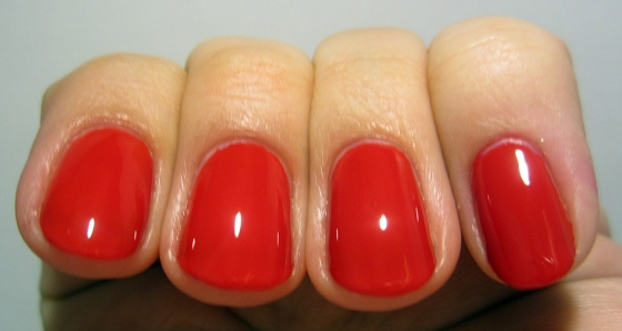 ButterLondon_PillarBoxRed3