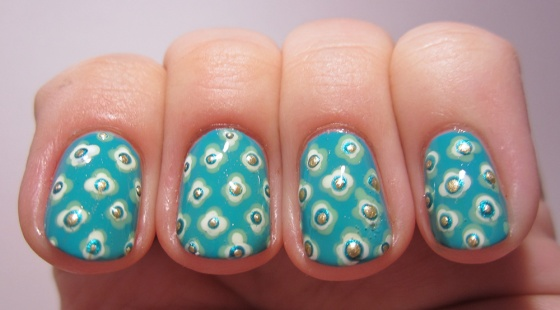 Milani_FreshTeal_and_BarryM_MintGreen_and_ChinaGlaze_Snow_and_Rimmel_GreenWithEnvy_and_BarryM_GoldFoil4