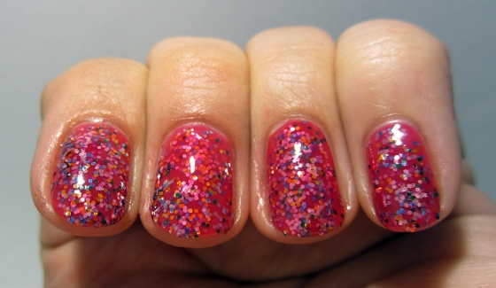 OPI_DoYouThinkI'mTexy_and_CandyLacquer_MadAsGlitter2